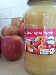 An apple a day... oder zwei. Oder 700g, gerieben.